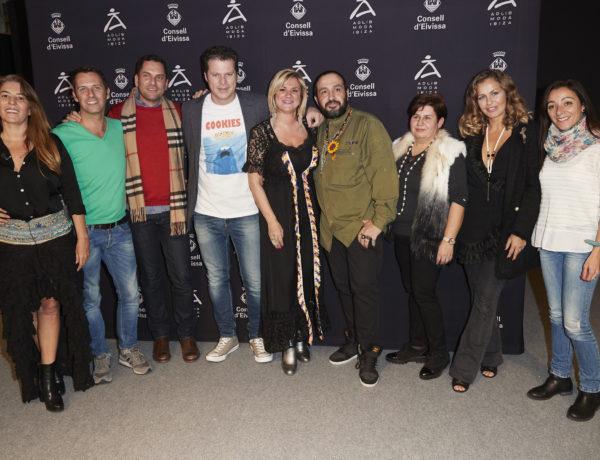 Krys Pasiecnik, Jota Abril, Carola Baleztena y Nika, apoyan a Adlib Moda Ibiza en MOMAD