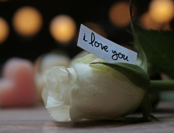 "Decir ""te quiero"""
